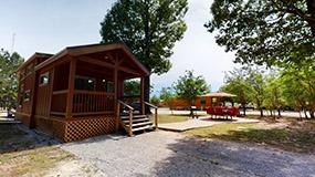 Cabin KL07 Image #1